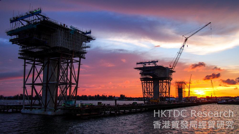 Photo: Bridge-building: Closer China-Brunei ties set to deliver the massive Pulau Muara Besar refinery project. (Shutterstock.com)