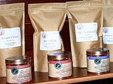 全新罐装茶叶系列。