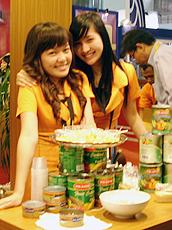 Fu Yong Fong从多国进口产品。
