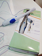 牙刷型口腔内窥镜。