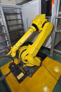 Photo: Six-axis robotic arm in Intelligent Manufacturing Technology Demonstration Centre