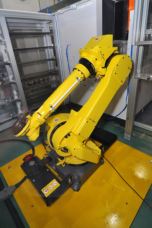 Six-axis robotic arm in Intelligent Manufacturing Technology Demonstration Centre