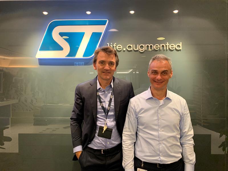 相片:意法半导体的Marco Longhi(右)和Damien Leconte(左)认为,智能应用在中国特别是粤港澳大湾区快速增长,可创造大量机遇。