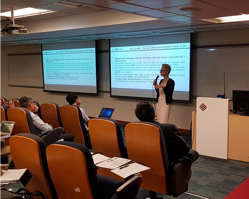 相片:Cyber Services在香港舉辦資訊保安講座,教授參加者如何應對網絡威脅。