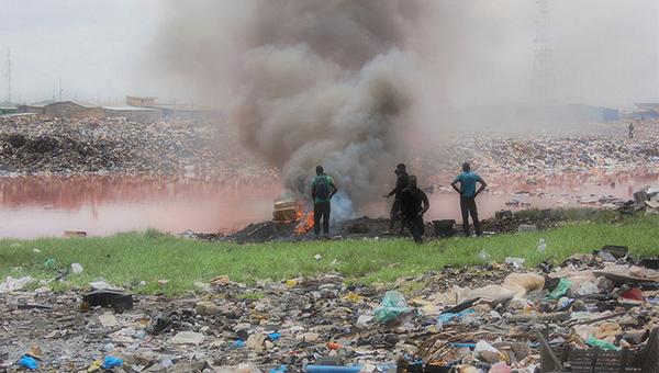 电子废物在焚烧会释出有害物质