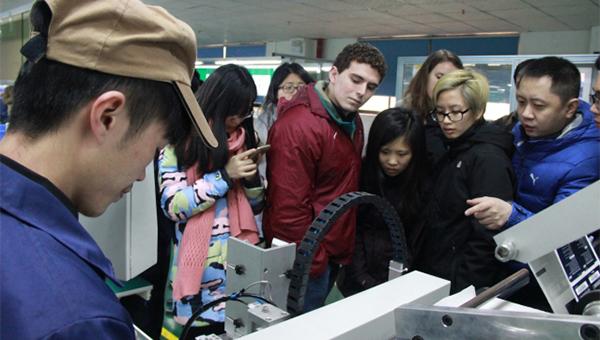 麻省理工学院学生到访广东省