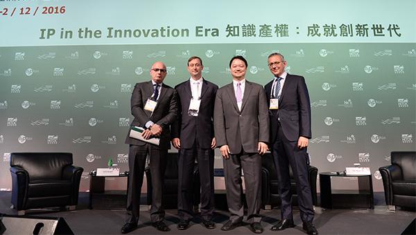 (左起)Keith Bergelt, Roger Martin, Kenneth S. Korea, Dr Udo Meyer,DE