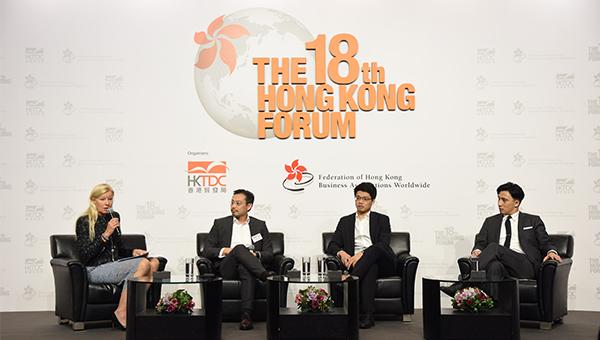 赵子翘(左二); 陈子翔(右二); 吴培燊(右一)