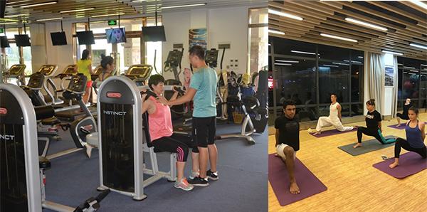 器械及瑜伽课锻炼