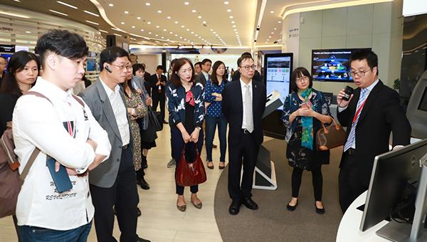 香港科技代表团