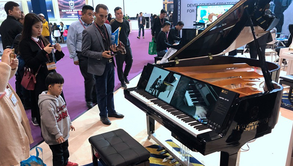KF168钢琴
