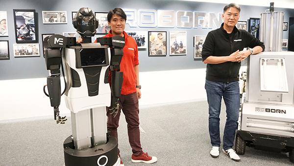 (右)潘嘉阳(左)麦骞誉