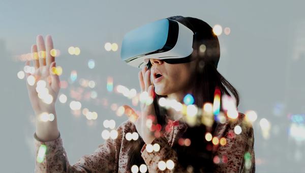 VR(虛擬實境)
