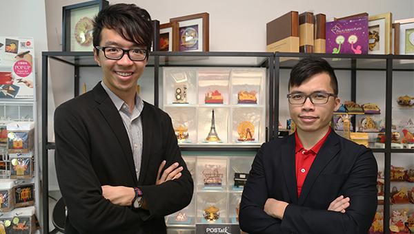 黃文翰(左)及李德駿(右)
