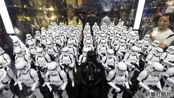 帝國軍浩蕩列陣