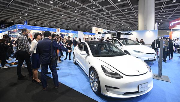 新電動車Model 3
