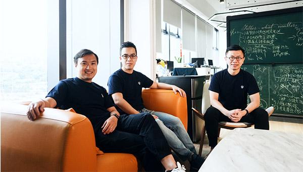 (左起)鄭其森、趙浩璋及廖展鵬