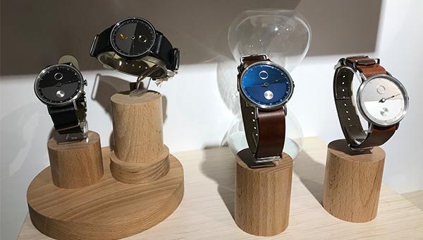時尚簡約的石英錶