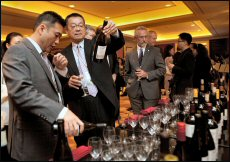Robert Pong, CEO of Top Cellars, represented Pacific Northwest wines at the HKTDC International Wine