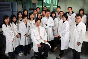 The Chinese University of Hong Kong team behind the safeT21 test