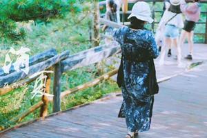 A social media-savvy tourist
