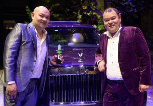John Chow (right) with his brother and co-founder Michael