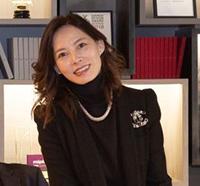 Christine Hau