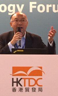 Dr Alex Lau