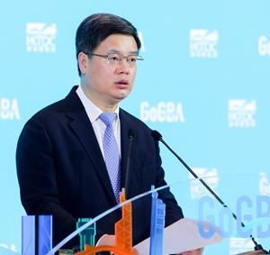 Qin Weizhong
