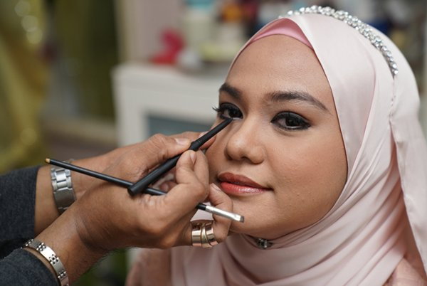 Halal Approval and Chinese Know-How Impress at KL Cosmetics Expo