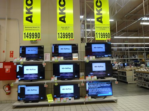 Photo: Home entertainment appliances are hot items in Hungarian households