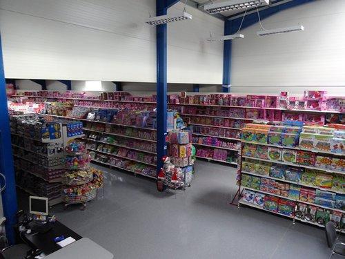 相片:在匈牙利,玩具店東主喜歡前往陳列室瀏覽及採購進口商/批發商推出的新款玩具