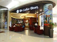 图: 连锁咖啡店在印尼深受欢迎。