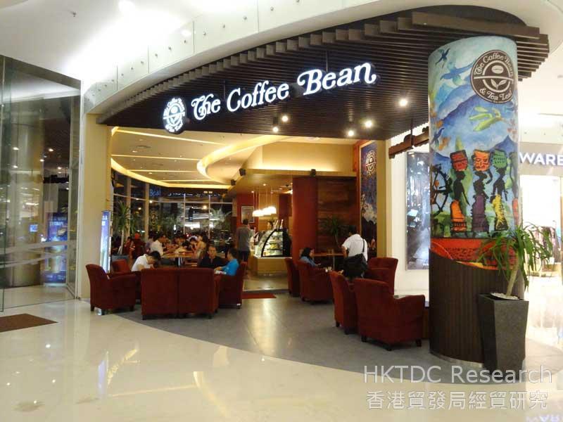 圖: 連鎖咖啡店在印尼深受歡迎。