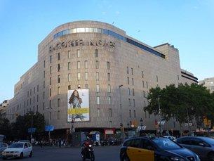 相片: El Corte Ingles于1995年收购Galerias Preciados后,成为西班牙唯一的百货公司集团。