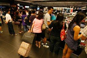 相片:不少消費者具有O2O購物型態(二)