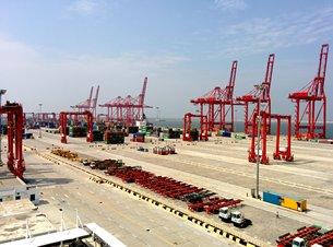 图: 南货柜码头是科伦坡港口扩建计划一环,现已开始营运。