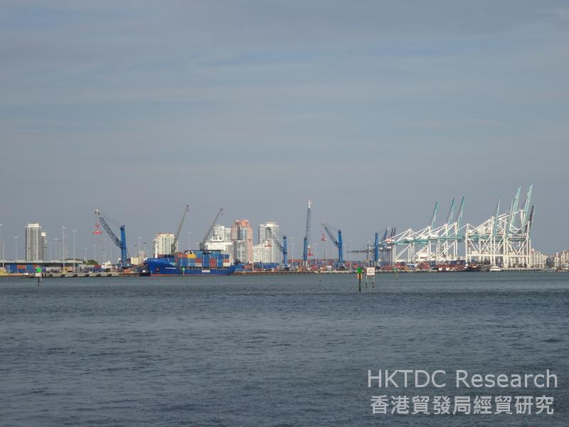 相片:邁阿密港是最接近巴拿馬運河的美國東岸港口。