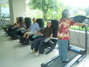 Photo: Exercise room in Shouxing Building.