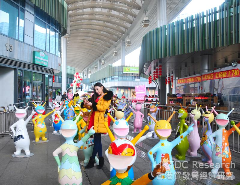 相片:鄧崇放為蘇州圓融時代廣場設計的展覽項目(相片由鄧崇放提供)