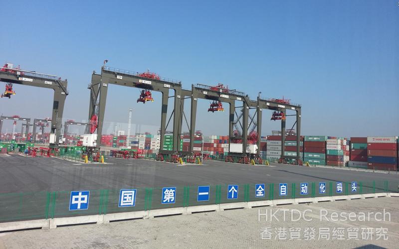 相片:「福建自貿區」廈門片區的全自動化碼頭設施