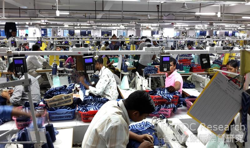 圖: 哈里亞納邦古爾崗一家出口服裝廠