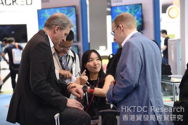 相片:可穿戴式电子产品越来越受消费者欢迎。
