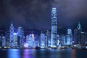 相片:不少中国内地企业选择香港作为他们对外投资的主要通道。