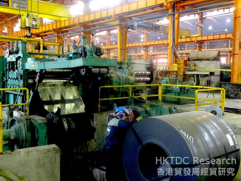 圖: 一家位於伊斯法罕的鋼廠