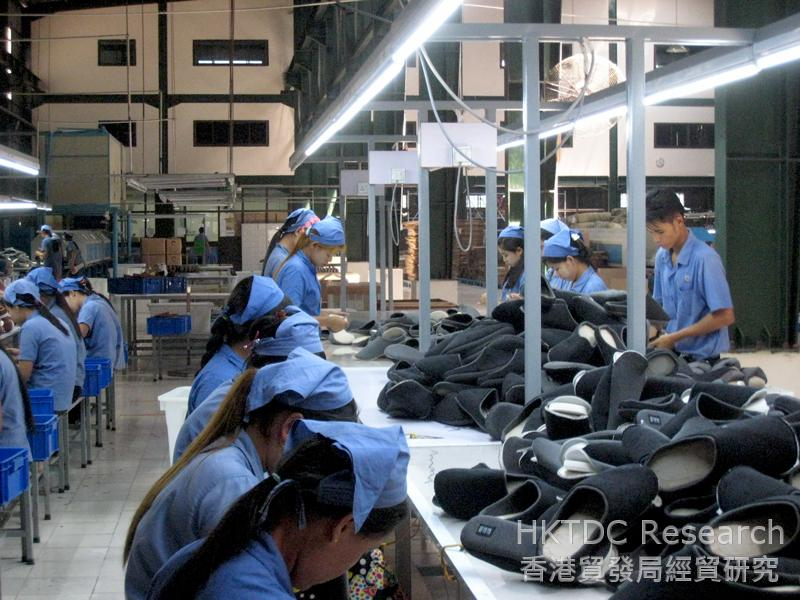 Photo: A Chinese-invested shoe factory in Hlaing Thar Yar Industrial Zone