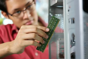 Photo: Sichuan-Chongqing region has a sizable pool of tech talent. (2)