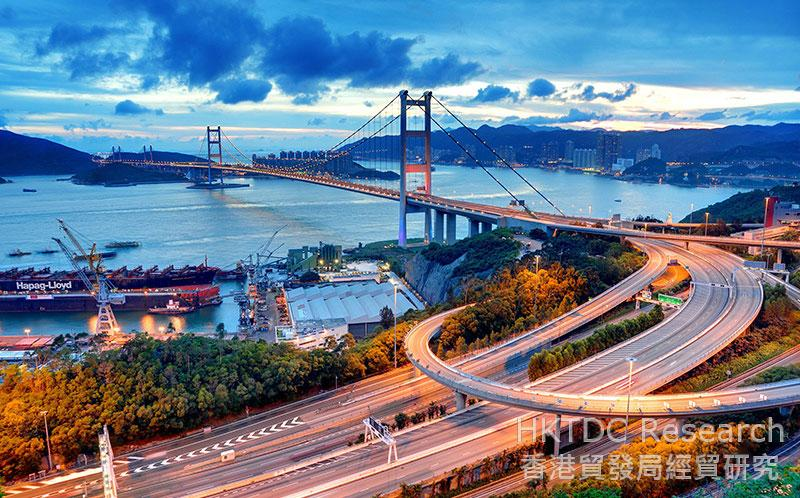 Photo: Hong Kong's Tsing Ma Bridge.