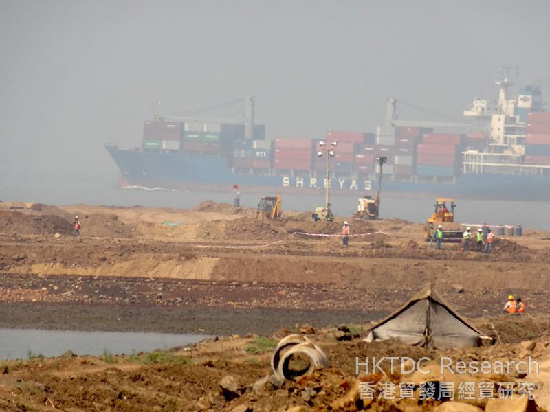 圖: 馬哈拉施特拉邦的港口正加快擴建,以提高貨物處理能力。