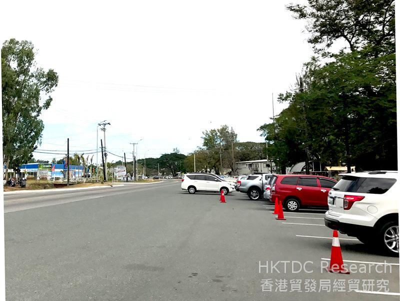 圖: 經濟區內寬闊的鋪裝道路。